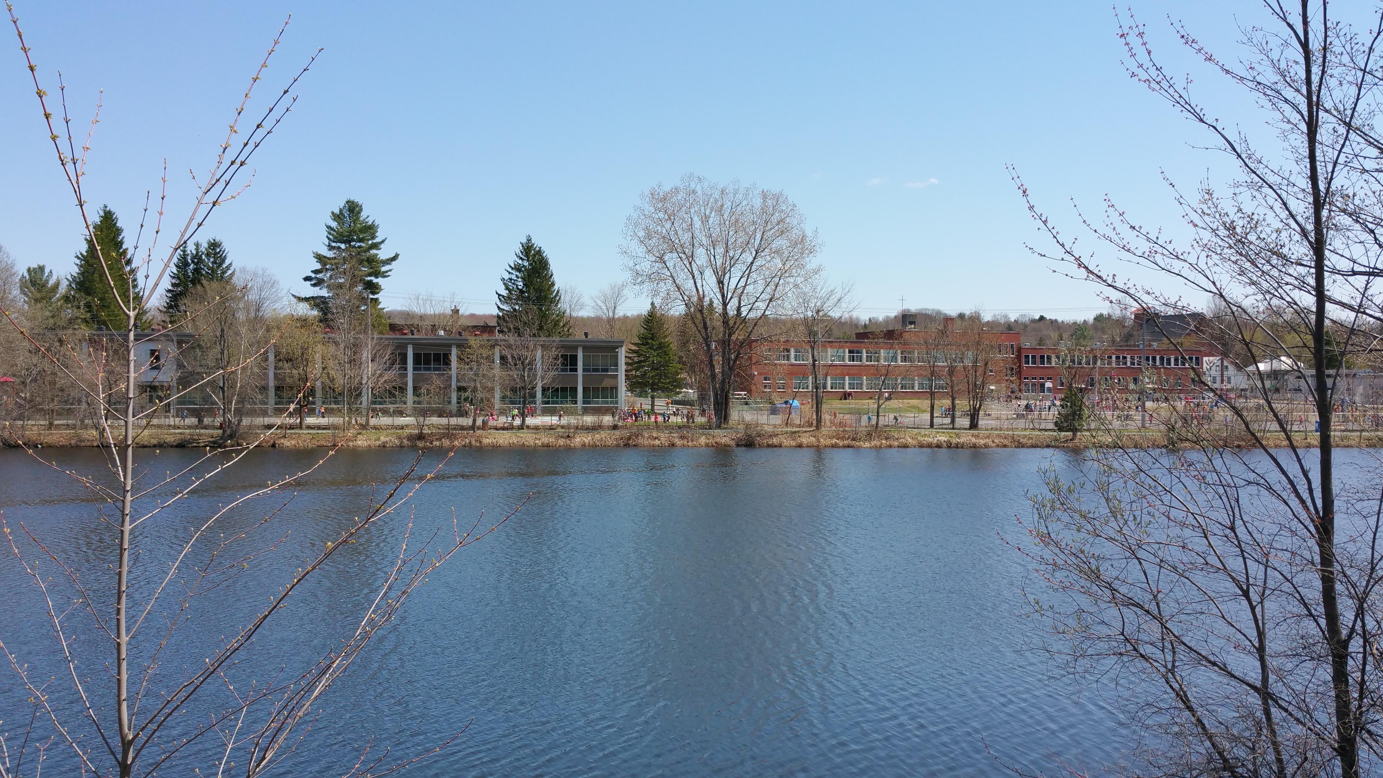 L'école de l'Orée-des-Cantons